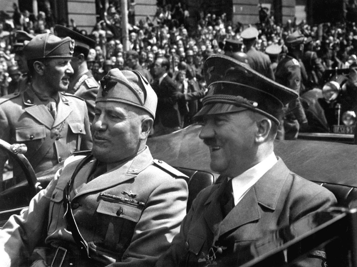 WIK_1940_Hitler+Mussolini