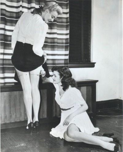 womenpaintstocking2
