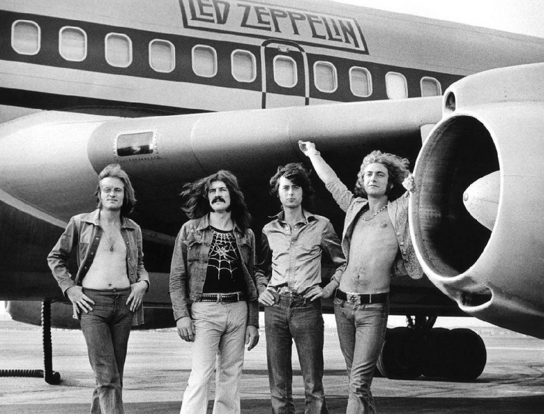 Led-Zeppelin-Plane