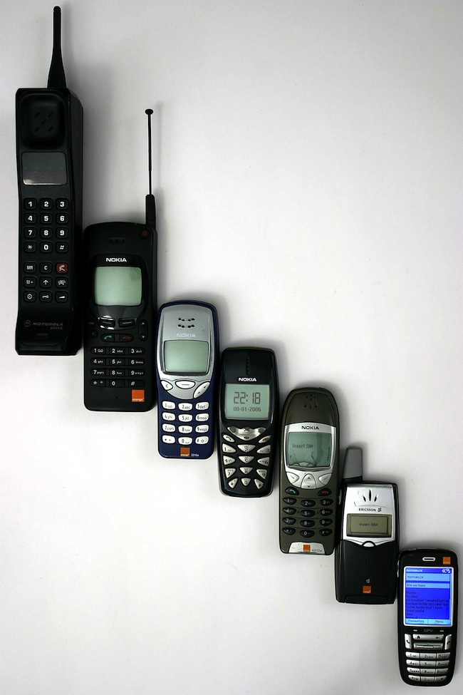 Mobile_phone_evolution (1)