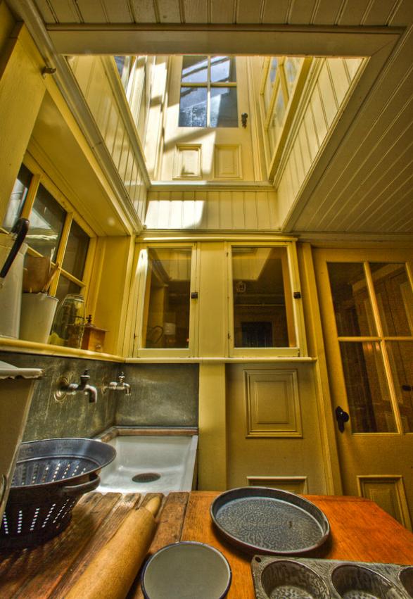 Servants-Kitchen_Seance-Room-Door