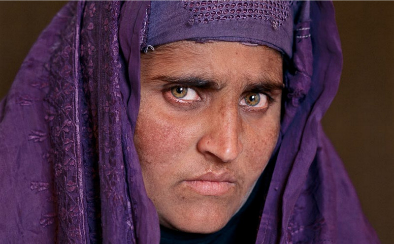 afghan-girl-grown-up-steve-mccurry-sharbat-gula