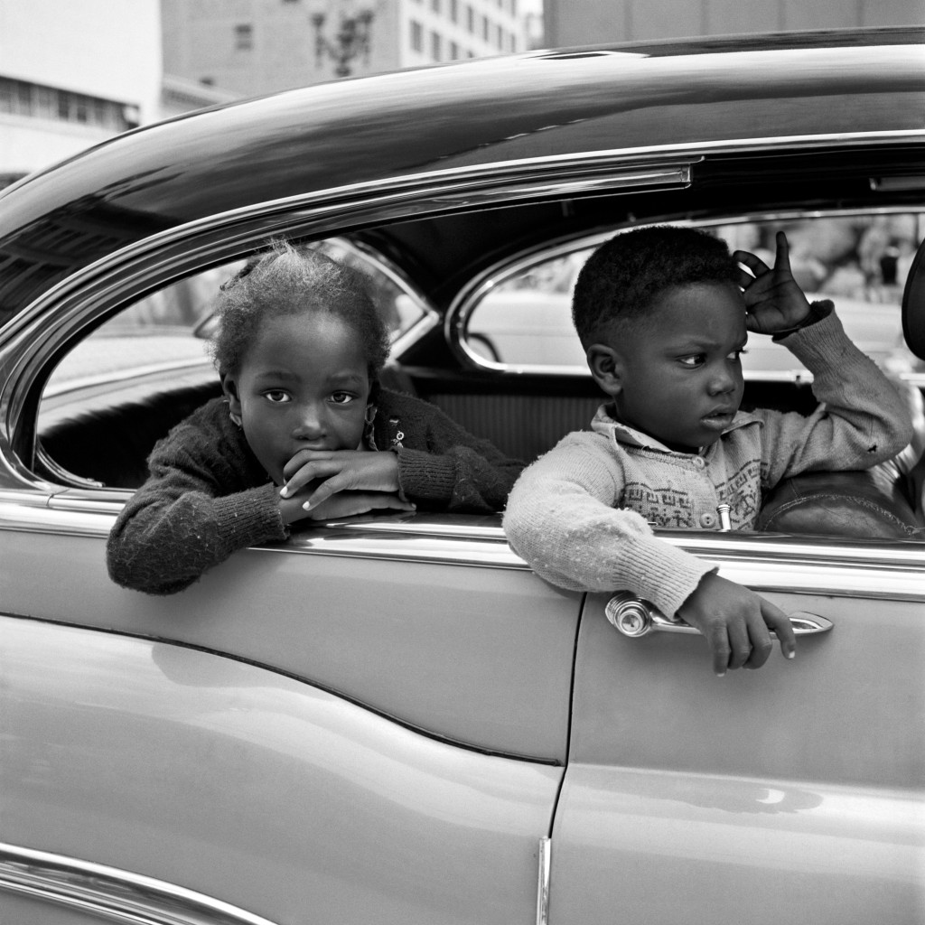 kopie_Vivian-Maier_Maloof-Collection_Courtesy-Howard-Greenberg-Gallery_-New-York_0-1024x1024