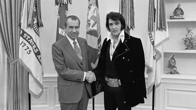 lists-7-famous-photographs-Elvis-nixon-E