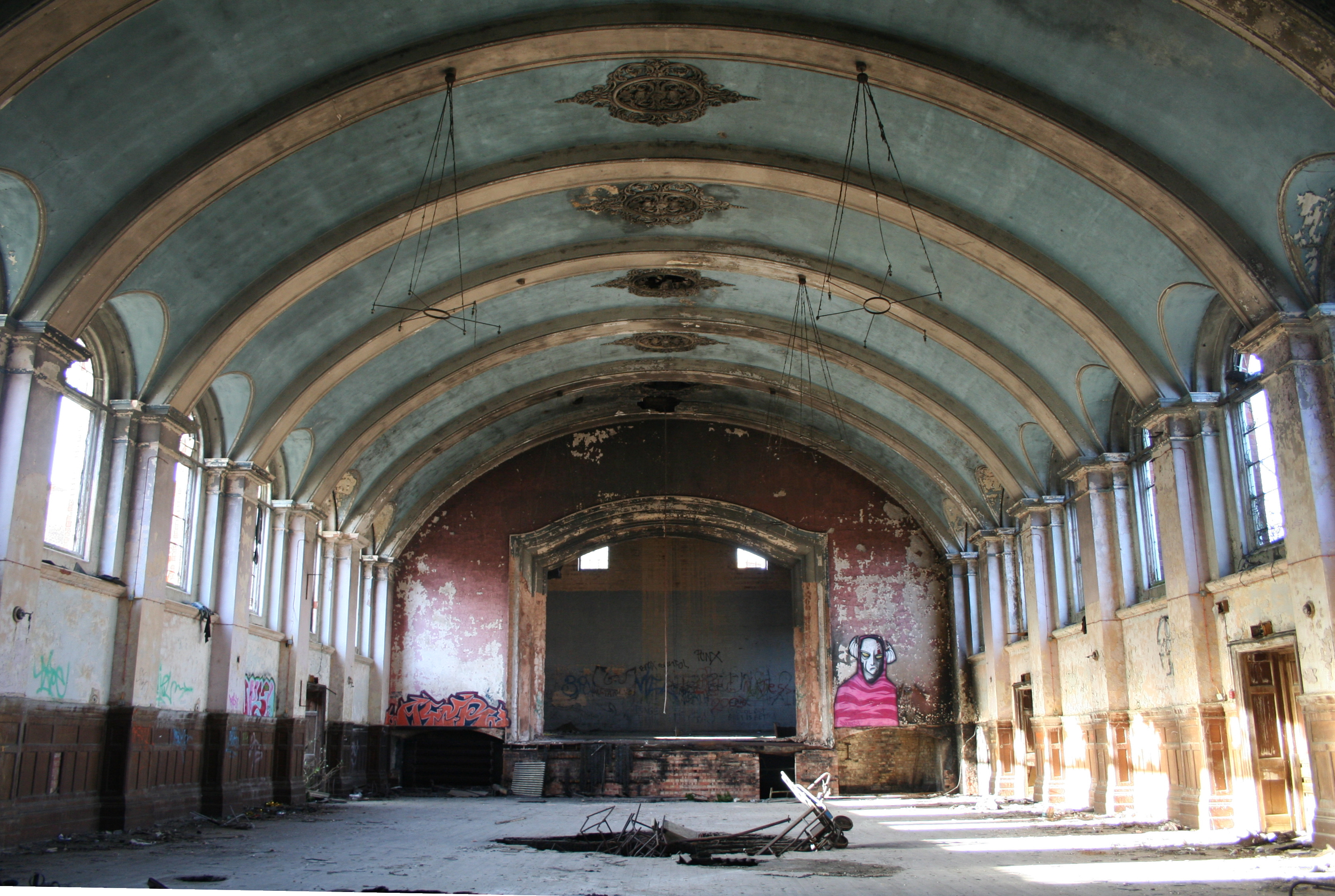 15 Of The World S Creepiest Abandoned Asylums