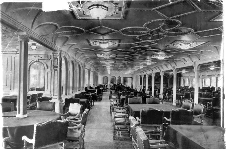 04-dining-room-titanic