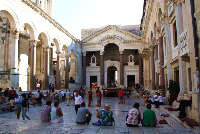 1.-Diocletians-Palace
