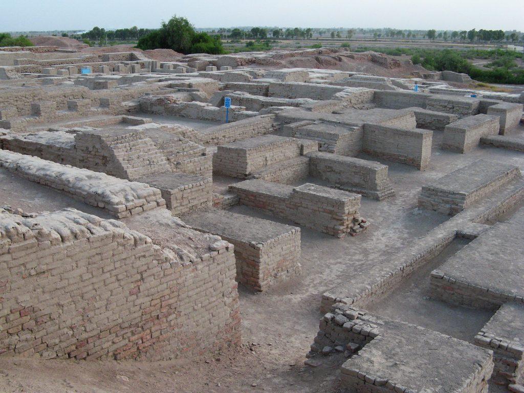 Mohenjo-daro-2010