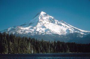 Mount Hood, Oregon. [PHOTO: wikimedia]