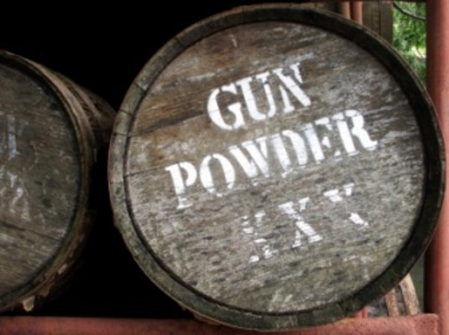 301.Gunpowder