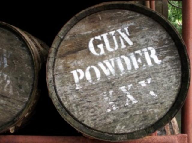 301.Gunpowder