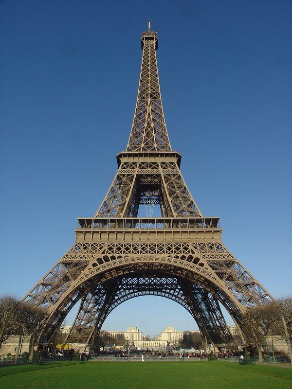 eiffel-tower-big