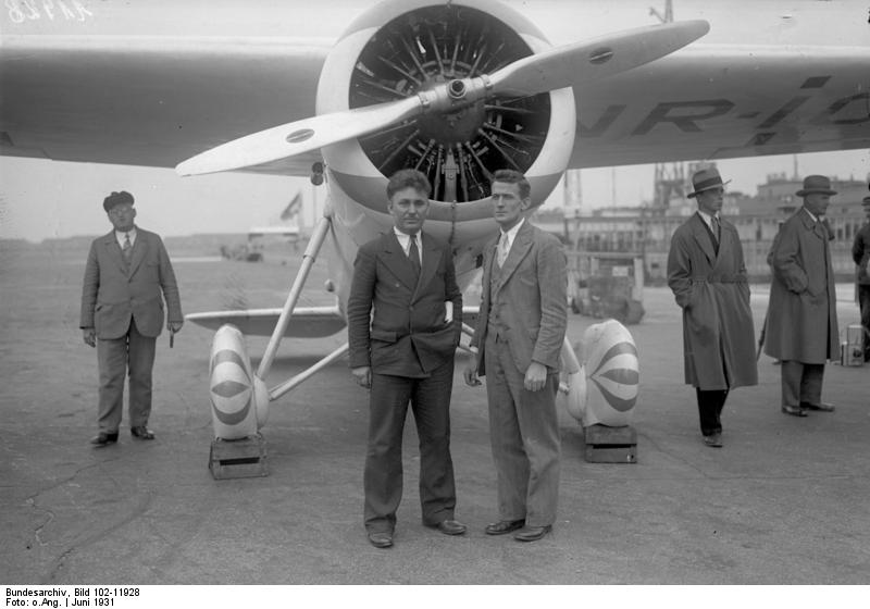 Post and Gatty in Germany 1931 Photo: wiki