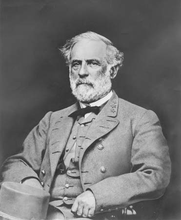 a comparison between two famous generals of the american civil war robert e lee of the confederate a While it was the most significant surrender to take place during the civil war, gen robert e lee,  confederate general's surrender  american civil war less.