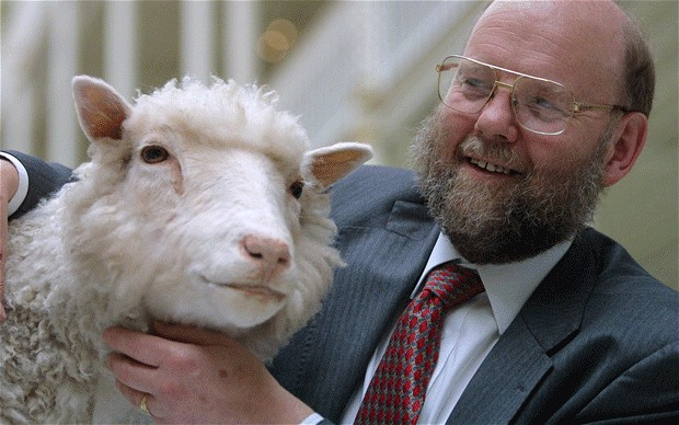 Dolly and the lead scientist Ian Wilmut that created her. Photo: telegraph
