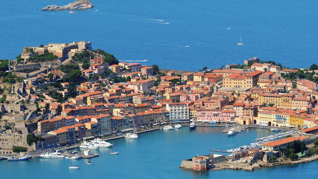 A photograph of modern-day Elba. [PHOTO: newmedia.thomson.co.uk]