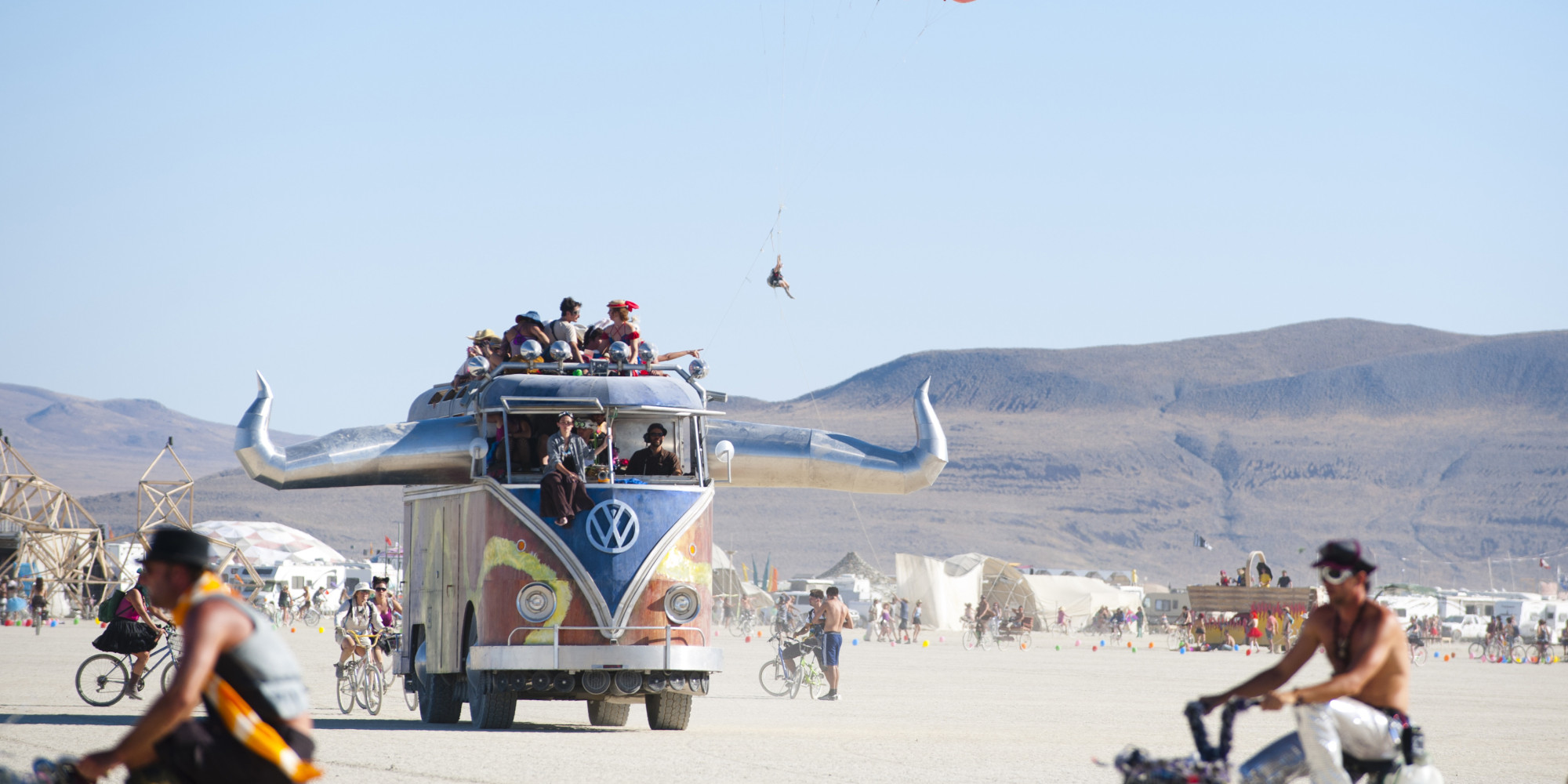 Oversize VW Van Art Car Photo: Huffingtonpost