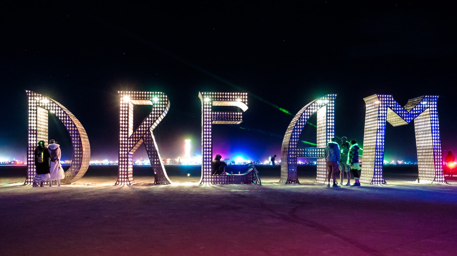 Art Display at Burning Man 2015 Photo: youtube