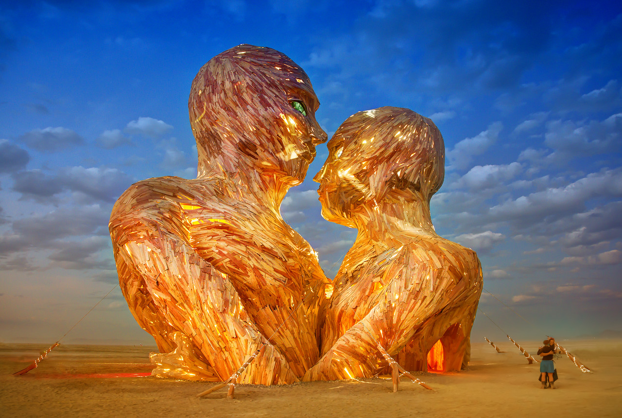"""Embrace"" at Burning Man 2014 Photo: smugmug"