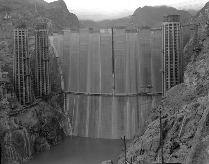 Hoover Dam just prior to completion Photo: waterandpower