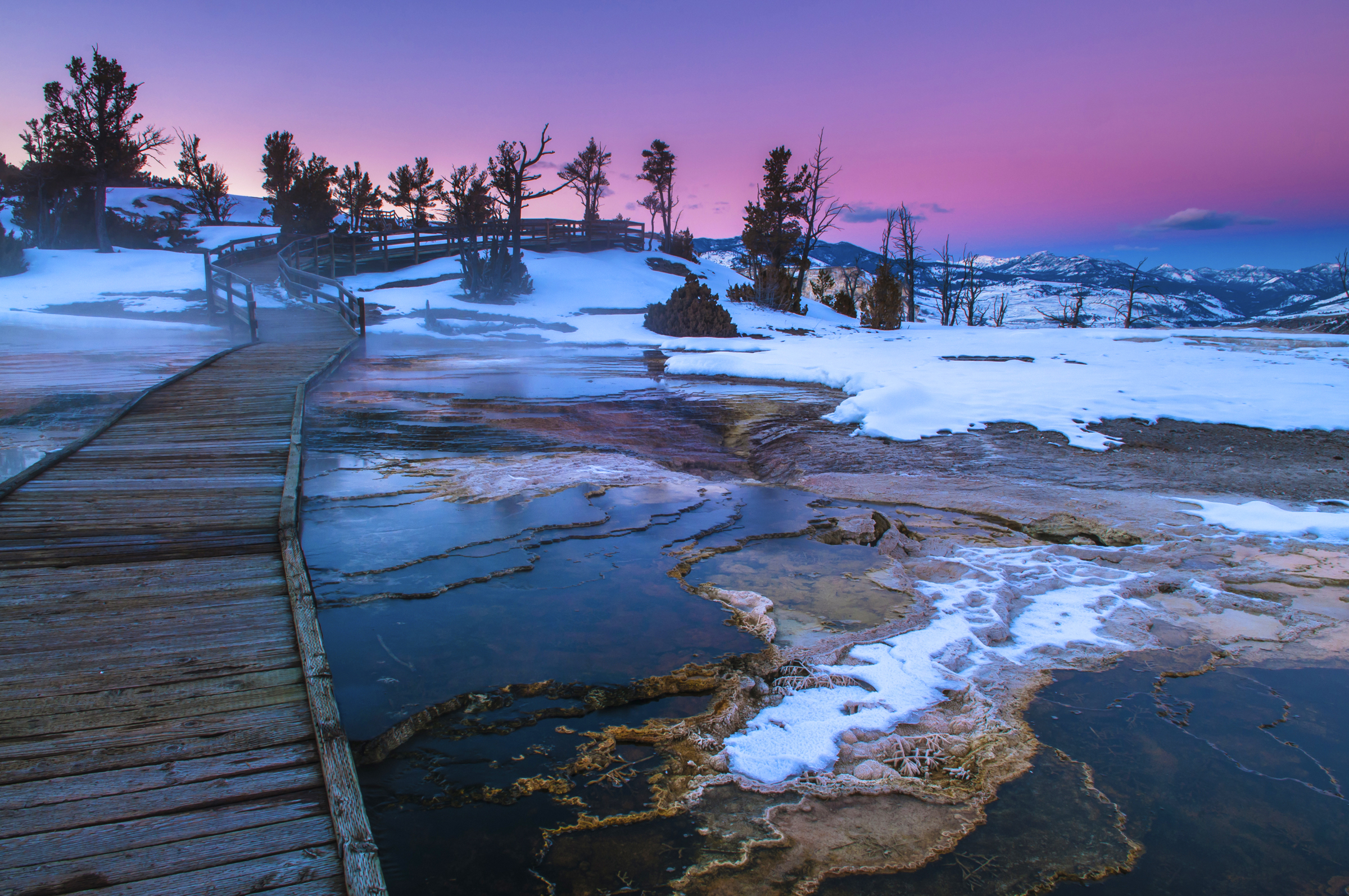 Beautiful Winter Sunset in Yellowstone Photo: adventurewomen