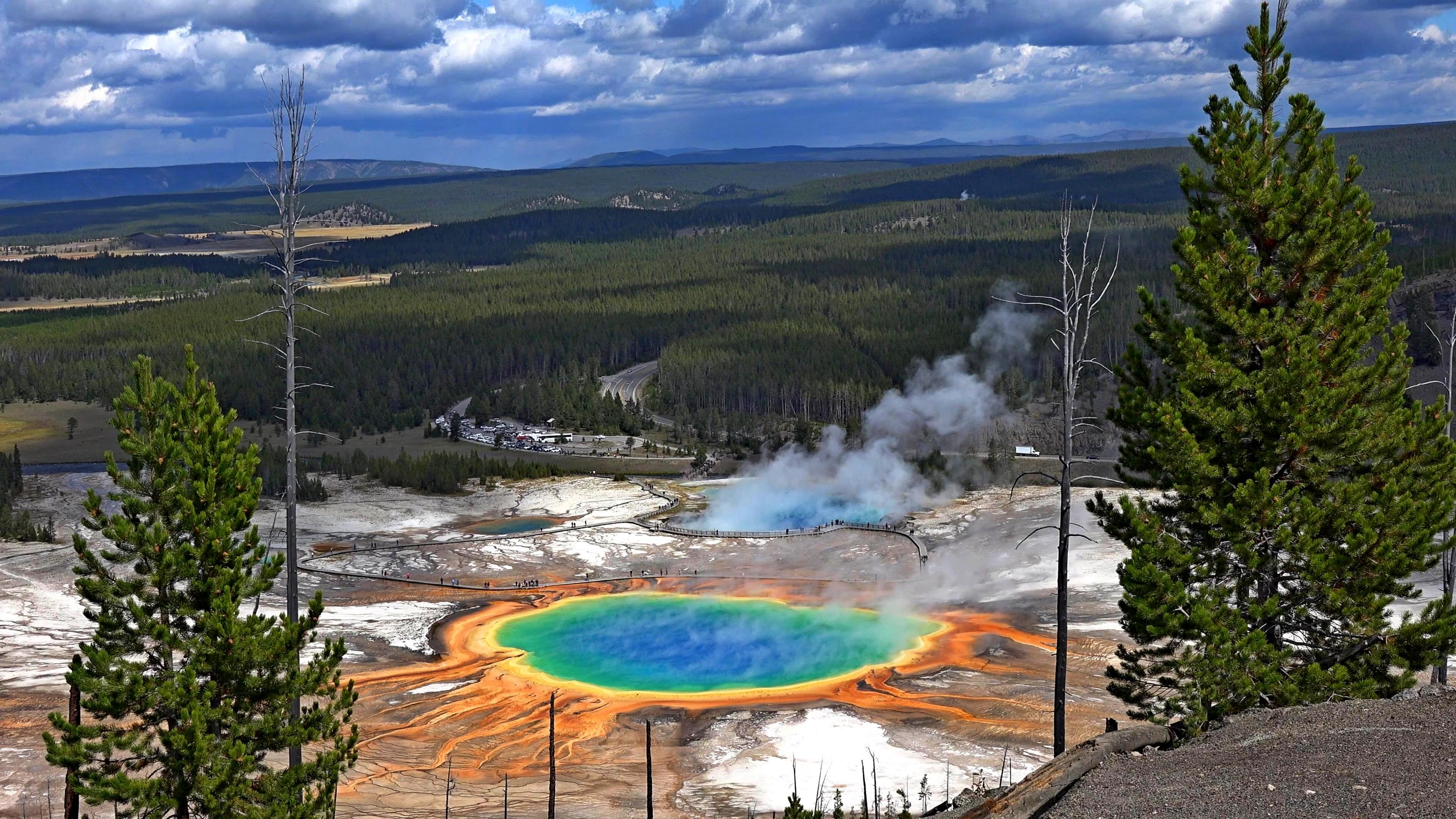 Grand Prismatic Spring Photo: youtube