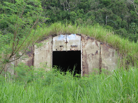 A WW2 Japanese bunker [PHOTO: hq224usmc.com}