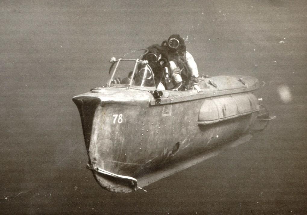 underwaterboat