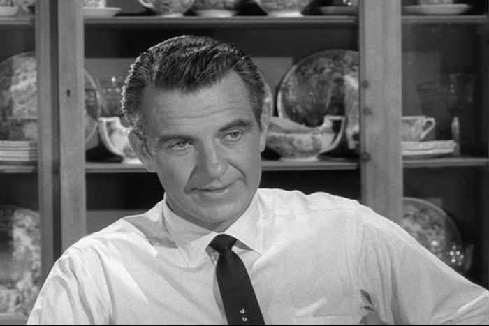 8-hugh-beaumont-as-ward-cleaver-leave-it-to-beaver