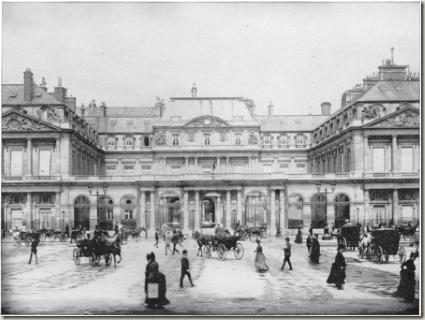Palais Royale Saloon in San Francisco Photo: awakenings