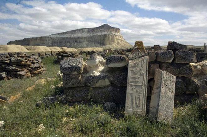 massive-stone-complex-1