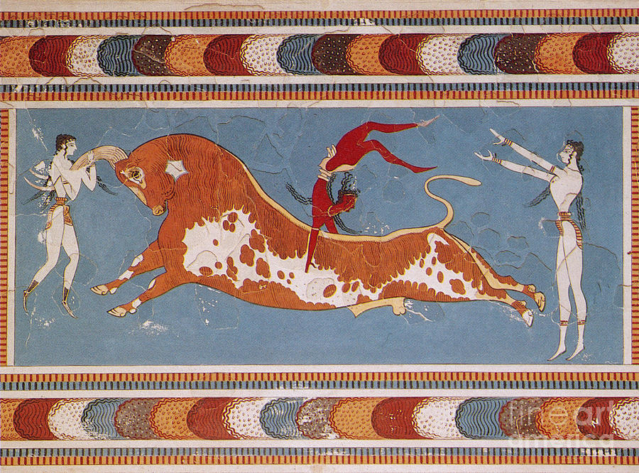 The famous Minoan bull-jumping fresco. [PHOTO: pinterest]