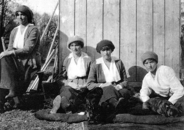 otmaincaptivity1917