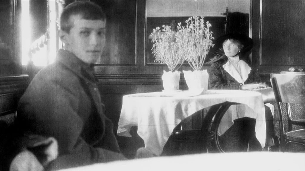 The last known photo of Olga and Alexei, taken on their way to Yekaterinburg. Source: wikipedia.org