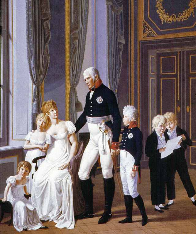 Louise and Frederick with their children. Source: pinterest.com